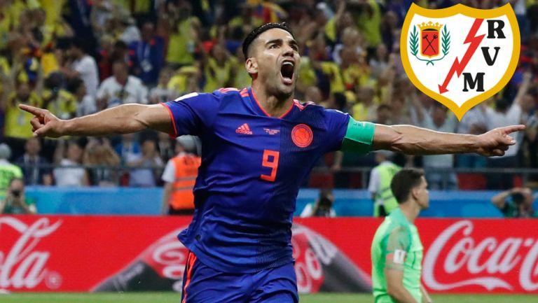 Radamel Falcao en festejo de gol con Colombia
