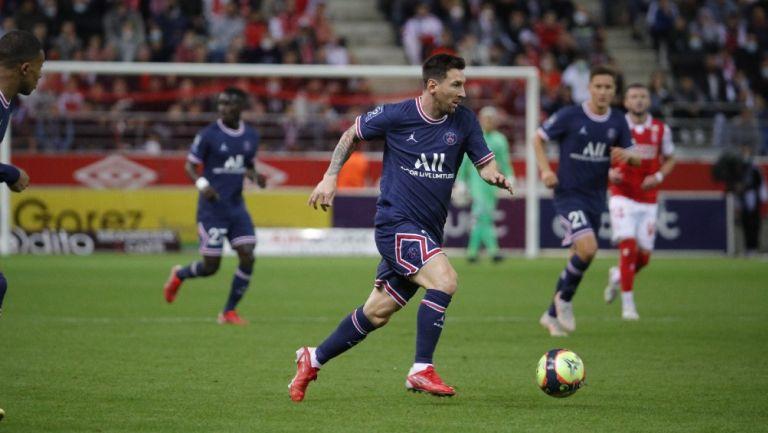 Messi durante partido con el París Saint-Germain