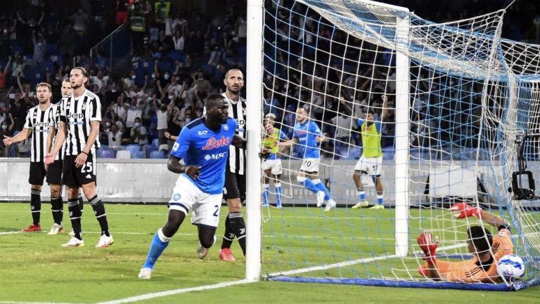 Anotación de Kalidou Koulibaly para el Napoli frente a la Juventus