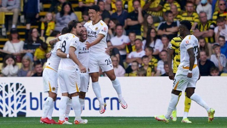 Jugadores del Wolverhampton festejando un gol a favor