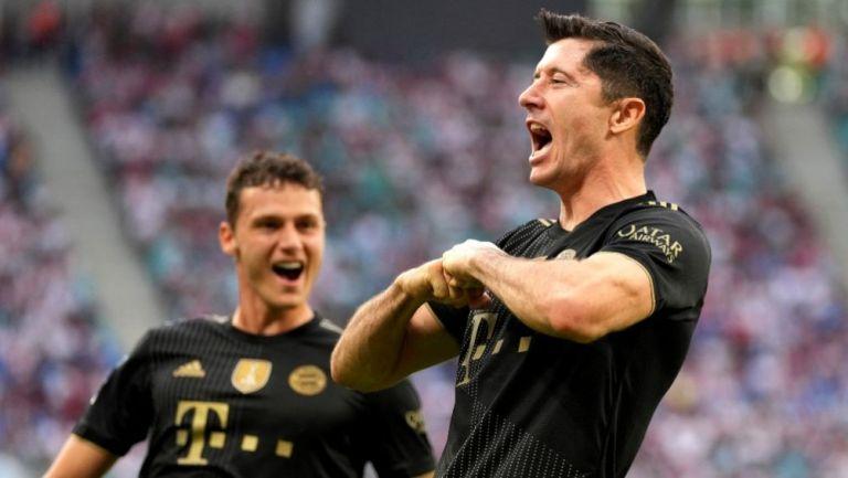 Lewandowski festejando un gol a favor del Bayern Munich