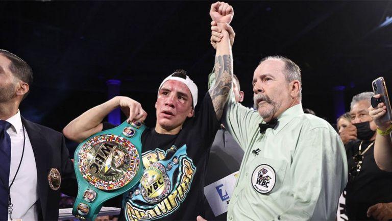 Óscar Valdez tras la defensa de su título