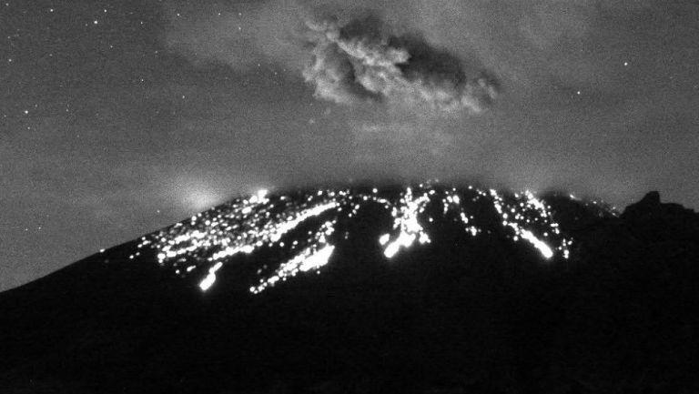 Popocatépetl registró explosiones