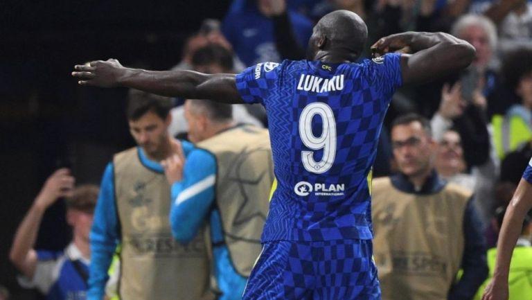 Romelu Lukaku en festejo  con Chelsea