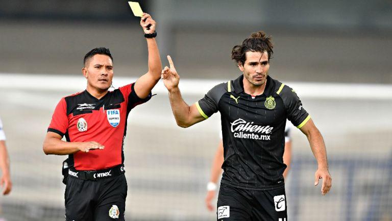 Antonio Briseño durante el partido frente a Pumas
