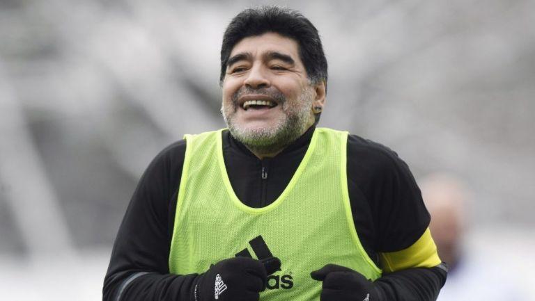 Maradona en un entrenamiento