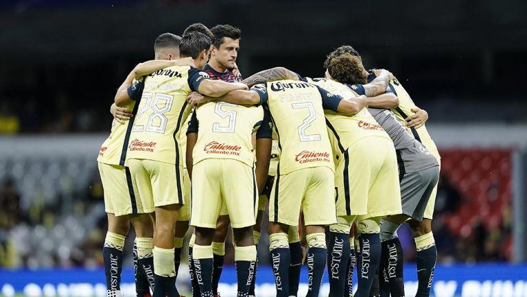 Jugadores de América previo al partido vs Mazatlán