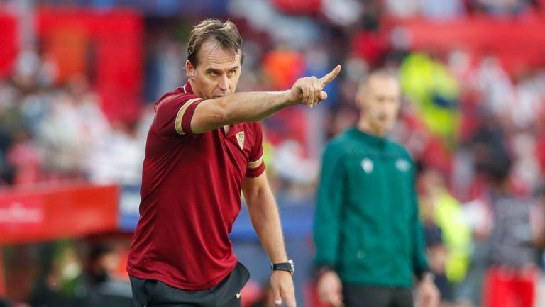 Julen Lopetegui durante un partido con el Sevilla