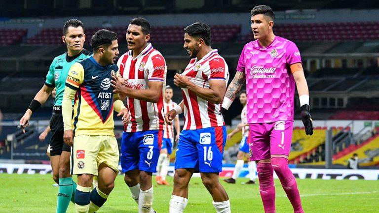 Díaz y Ponce tuvieron un altercado en el último Clásico de Liguilla