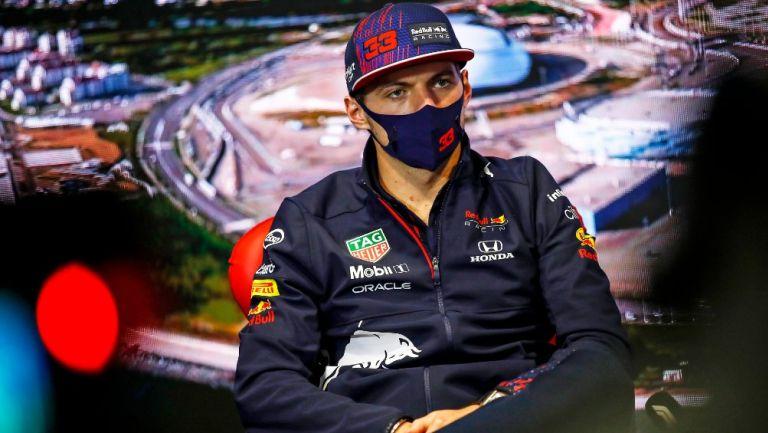 Max Verstappen durante conferencia de prensa en el GP de Rusia