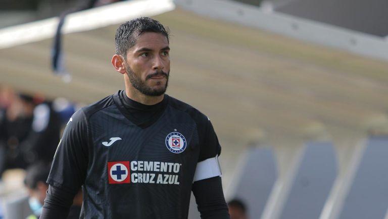 Jesús Corona en partido de la Sub 20 de Cruz Azul