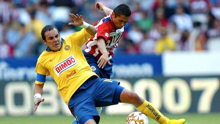 Cuauhtémoc Blanco en un partido contra Chivas