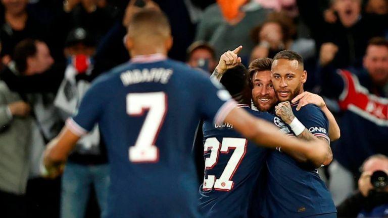 Lionel Messi en festejo con PSG