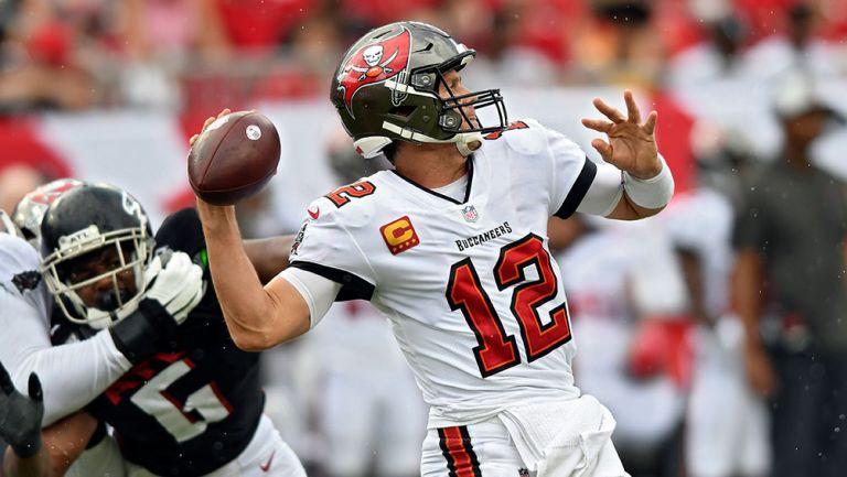 Tom Brady, a las puertas de romper récord de yardas aéreas en juego contra Patriots