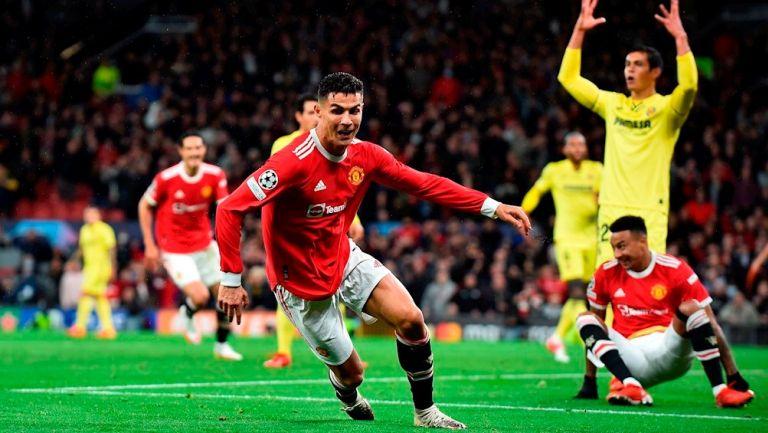 Cristiano Ronaldo durante un partido con el United
