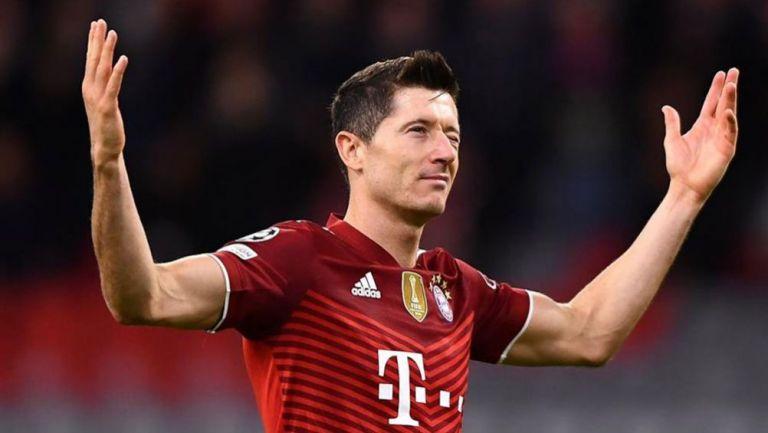 RobertLewandowski festeja uno de sus goles con Bayern Munich