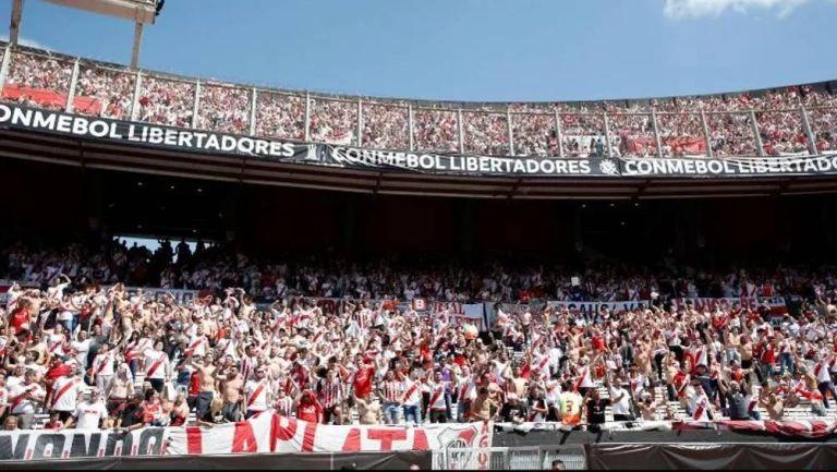 Estadio Monumental durante un partido de Libertadores
