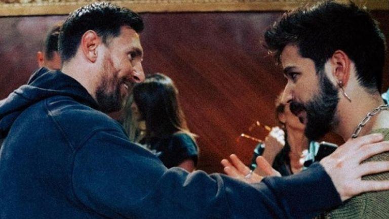 Lionel Messi convive con Camilo tras su concierto en La Cigale, París