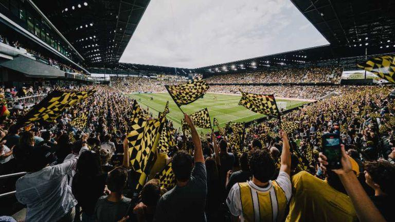 Los aficionados en un partido de MLS