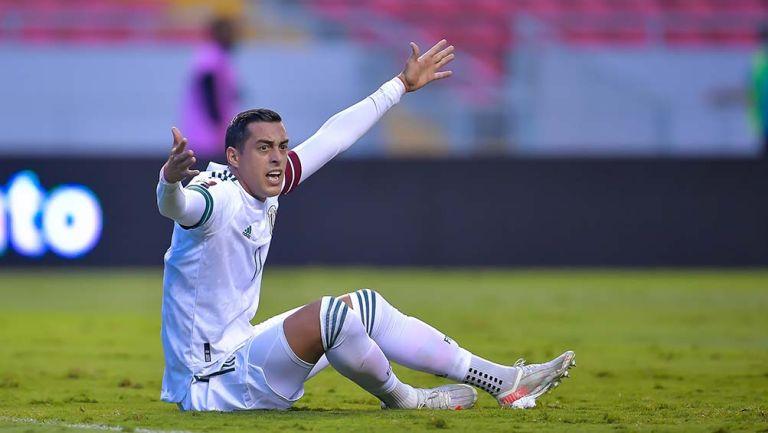 Rogelio Funes Mori en el partido ante Costa Rica