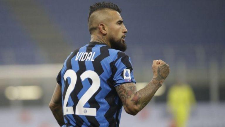 Arturo Vidal en un partido del Inter de Milán