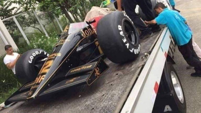 Auto réplica de Senna