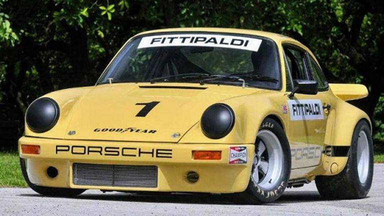 El 911 IROC RSR en exhibición