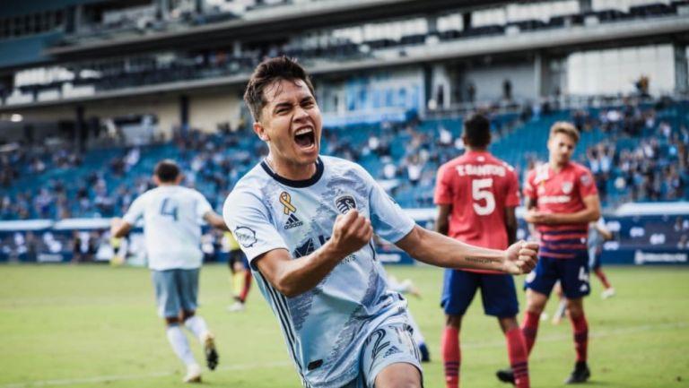 Felipe Hernández en un juego del Sporting Kansas City