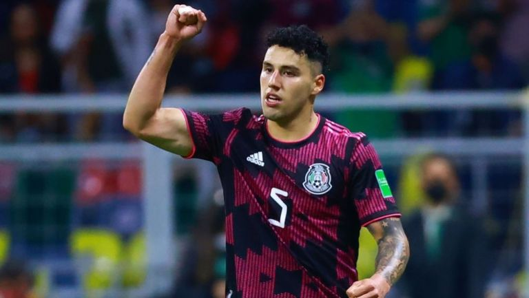 Jorge Sánchez en el duelo entre México y Canadá