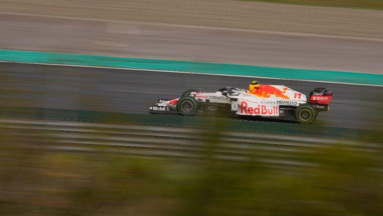 Checo Pérez ganó el 3er lugar en el GP de Turquía