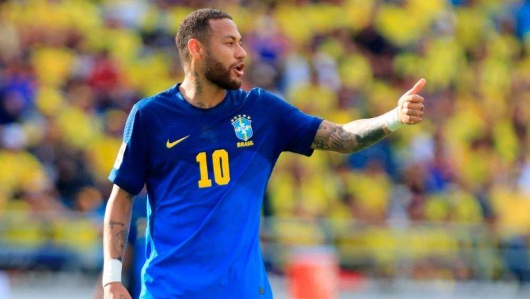 Neymar en el juego vs Colombia